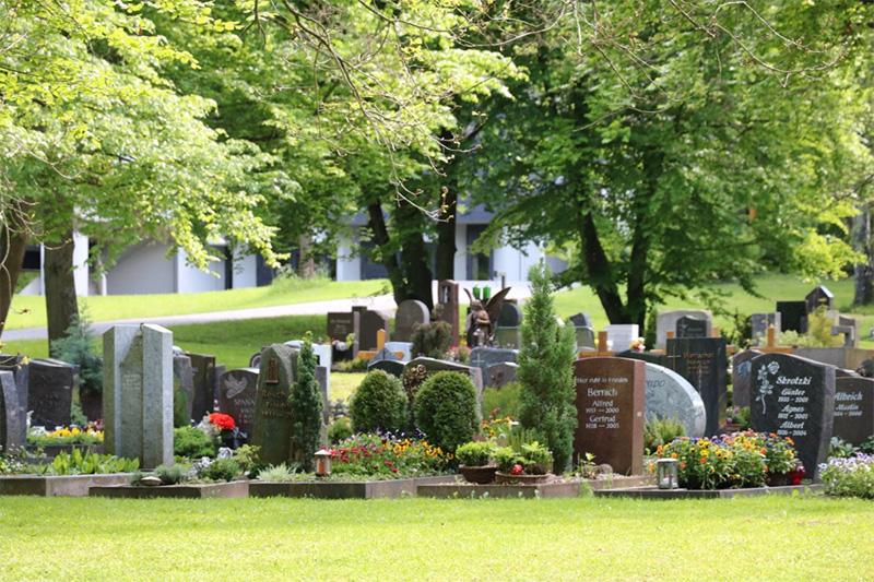 Neuer Friedhof