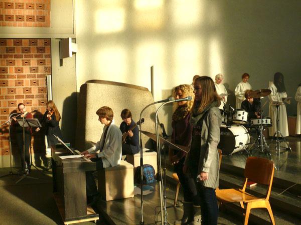 belebende-musik-der-salvi-band
