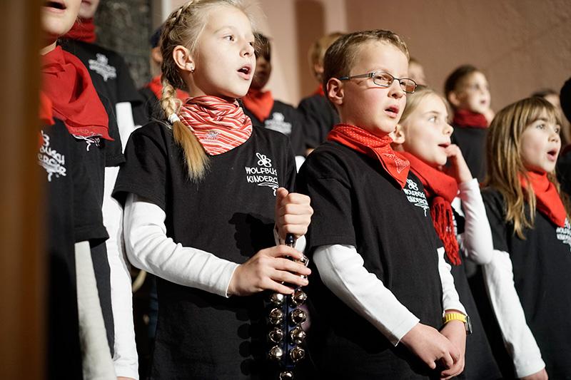 weihnachtskonzert-wolfbuschkinderchor-3