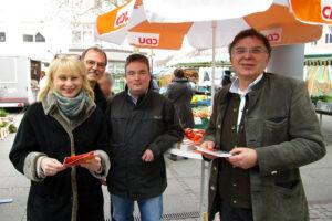 cdu-stand-auf-dem-weilimdorfer-wochenmarkt-11032016