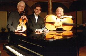 bild-helios-trio