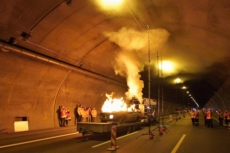 img_5304-brandtest-engelbergtunnel
