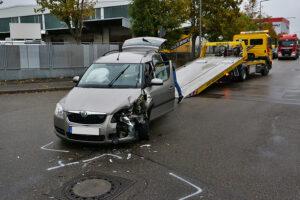 Abschleppdienst nach Unfall. Foto: Rometsch