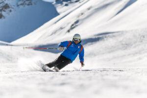 Skiclub Weilimdorf - https://www.pexels.com/de-de/foto/action-aktion-berg-bergab-848595/