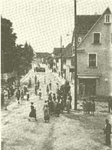 Festzug durch Weilimdorf, Bild aus dem Archiv des Weilimdorfer Heimatkreis