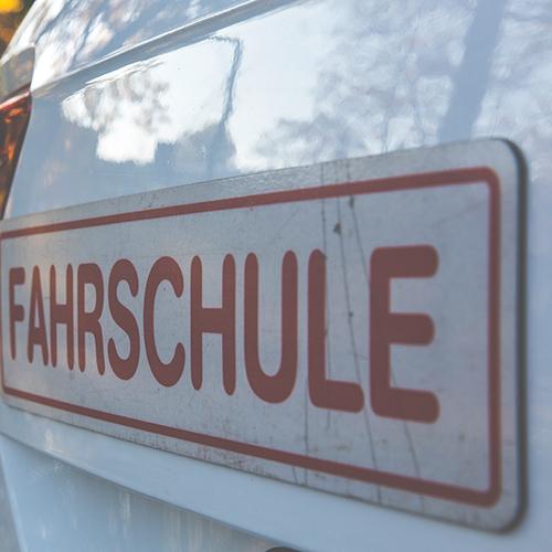 fahrschule-pexels-markus-spiske-227730