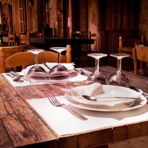 restaurant-pexels-skitterphoto-9315