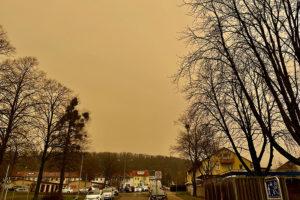 Saharastaub über Weilimdorf. Foto: Hans-Martin Goede