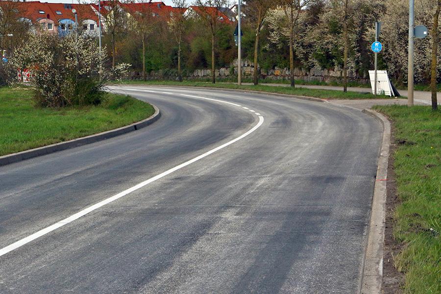 Sanierte Gerlinger Straße am 9. April 2021. Foto: Andreas Rometsch