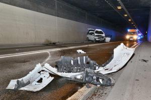 Pkw gegen Tunnelwand geprallt, Foto Andreas Rometsch