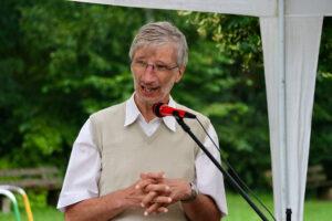 Entpflichtungsgottesdienst Pfarrer Hartmut Häcker im Waldheim Lindental, Foto GOEDE