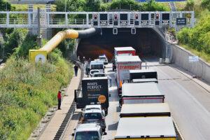 Fahrzeugbrand im Engelbergtunnel. Foto: Andreas Rometsch
