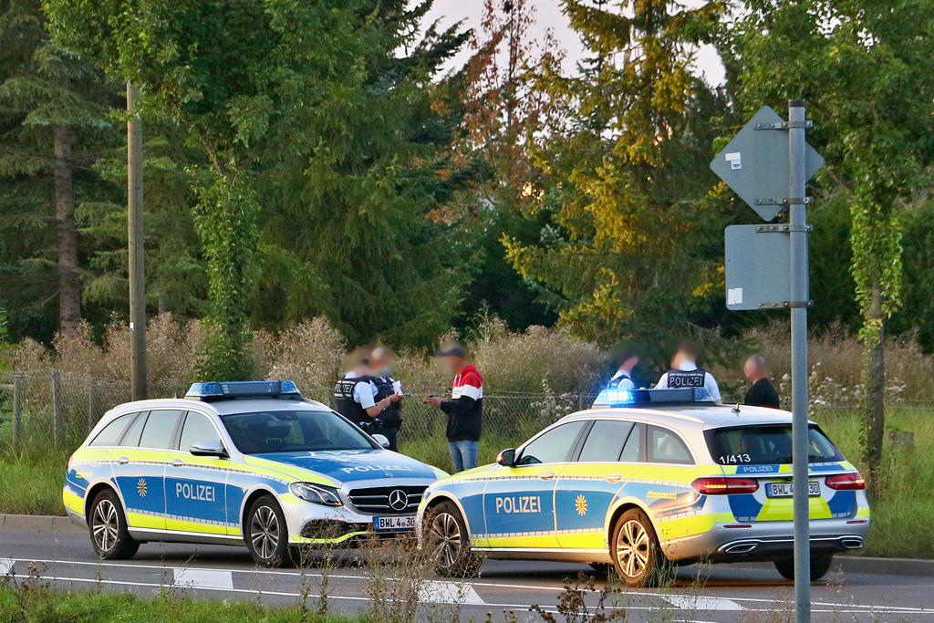 Altkleidercontainer in Brand gesetzt - Tatverdächtiger vorläufig festgenommen. Foto: Rometsch